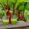 Un jus vert avec les légumes du potager