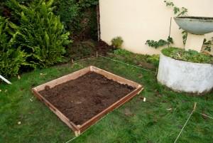 Le premier potager en carré est en place