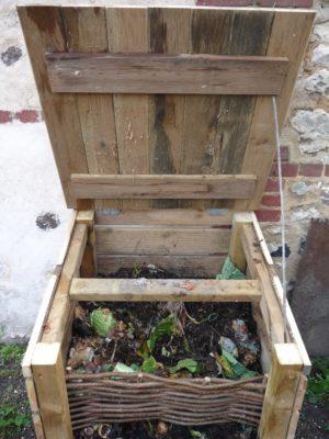 Un composteur ouvert