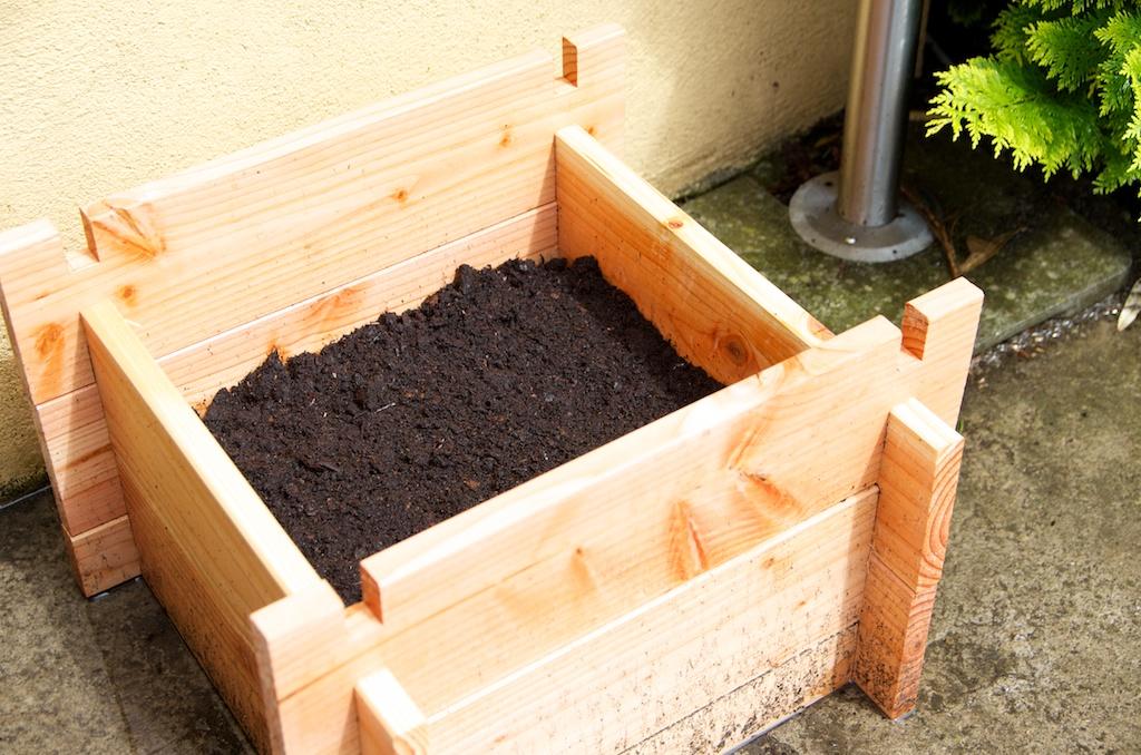 test de la tour à patates: des pommes de terre dans un espace réduit