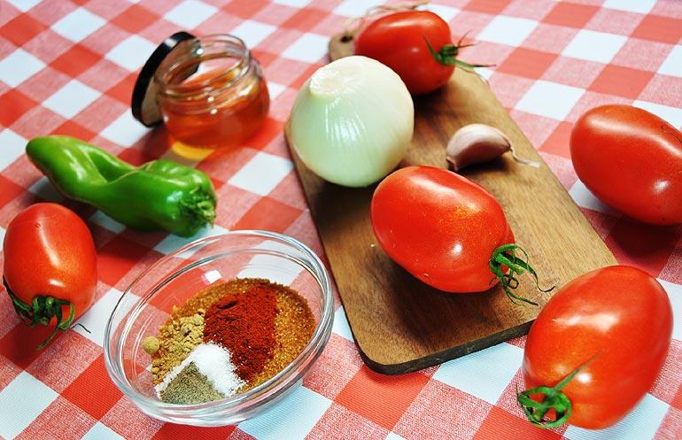 Les ingrédients du ketchup maison