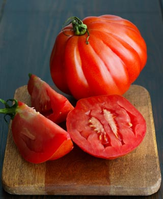 Tomate coeur de boeuf tranchée